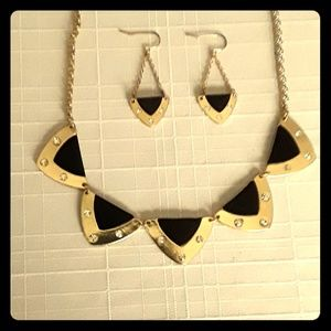 Black & goldtone necklace & earrings